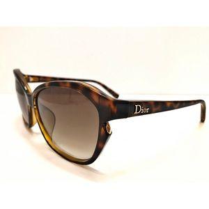 DIOR..simply sunglasses 🌺